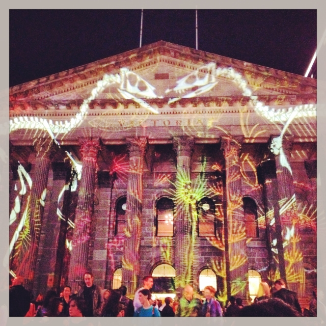 DAY 48 (almost day 49) - #100happydays #100happydaysday48 #whitenight #whitenightmelbourne #melbourne  #lightshow @sleepykitten @missmiadoll @charliana @findapenny_ @quietwhore #whitenightmelb